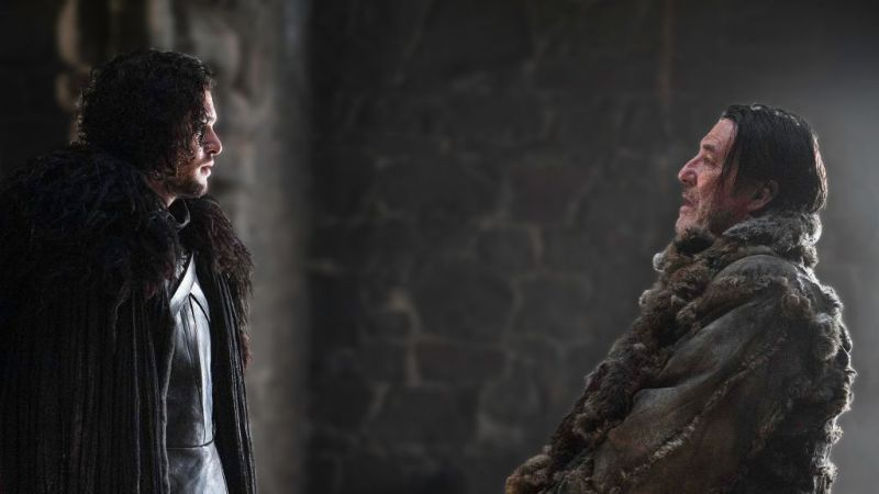 """Jon Snow discusses surrender with Mance Rayder in """"The Wars to Come."""" Image source: Viewer's Guide - HBO Game of Thrones."""